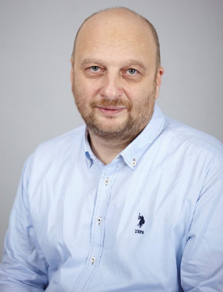Брукер Александр Ильич, рефлексотерапевт, гомеопат